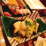 男前料理 虎ノ門 はらから hara-kara - 鮮魚の握りと大山鶏と豆腐の揚げ出し