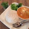マジデハマル - 料理写真:マッサマンカレー(ライス大盛り、パクチートッピング追加)