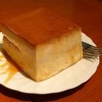 クレヨン - カスタードプリンケーキ