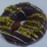 クリスピークリームドーナツ - ダブルナッツ&チョコレート 200円