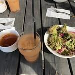 119051768 - サラダ、スープ、ソフトドリンク(グレープフルーツジュース)