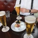 カフェ・ミケランジェロ - 生ビールと生ハム