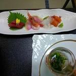 南平台温泉ホテル - お造り 鮪、甘エビ、鯛、サーモン