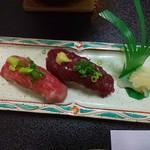南平台温泉ホテル - 馬肉、牛肉の握り