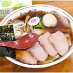 119059214 - 焼豚ワンタン麺味玉入り(生姜醤油味) 1210+20円 すごく旨味が強いのにグイグイいけちゃうんです。