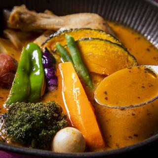 【コクと旨みが人気】こだわり抜いた厳選スープ