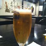 炙里 - とりあえず生ビール