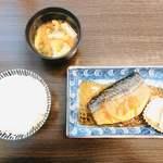 お好み焼き しげちゃん - 料理写真:鯖生姜煮定食700円