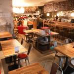 イタリアンカフェ&トラットリア バンビーノ - 全景