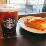 スターバックス・コーヒー - トールアイスコーヒー・アップルパイ