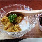 創作家庭料理 美祢 - 肉味噌が載った温泉卵