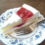 カフェドルチェ - ストロベリーケーキ 450円