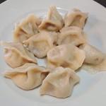 太陽城 - 牛肉圓葱水餃(牛肉、玉ねぎ入り水餃子)