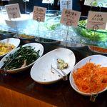 イタリア食堂 クッチーナ - サラダバー&前菜ブッフェ