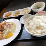 中華食堂 わか - 料理写真:から揚げランチ