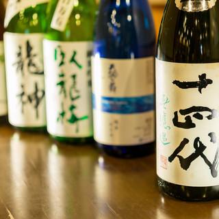 そばや天ぷらとも相性抜群◆季節限定も取り揃える《日本酒》