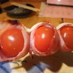 丸二 - トマトベーコンチーズ串 【 2012年3月 】