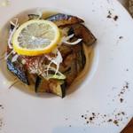 Restaurant Azzurro Mare Terrace on the Bay - 茄子と秋刀魚のペペロンチーノ