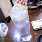 穂卓 - レモンサワー(450円)