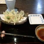 11916193 - 山菜の天麩羅。