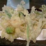 11916194 - 山菜の天麩羅アップ!