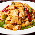 知音食堂 - 唐辛子と豆富干の炒め