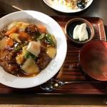 119176719 - 酢豚丼¥858