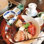 119180289 - 伊勢海老地魚海鮮丼