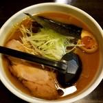らーめん 元 - 料理写真:醤油らーめん 700円