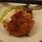 恵比寿 魚一商店 - タルタル・ソース・醤油、3味かけです。