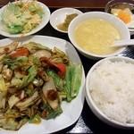 麗人飯店 - 回鍋肉定食