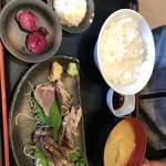 木村屋本店 - カツオのたたき定食