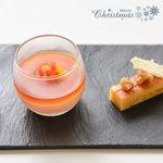 ラ・カロッツァ - 料理写真:焼きブルーチーズ タルトと赤パプリカのムース