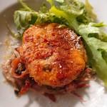 119229612 - この牡蠣のコロッケはおいしかった(*^^*)                       下のクリーム煮?みたいなのとは合わないかな?