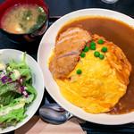 Mahoroba - ポークカツオムカレー(大盛) 900円(大盛=同価格)