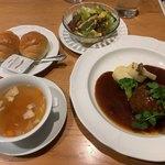 テラスレストラン - 料理写真:とちぎ霧降高原牛のハンバーグ1310円