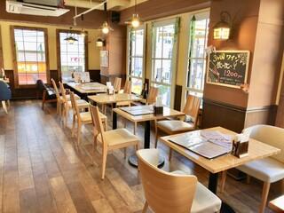 霜降りハンバーグとステーキの店 鉄重 町田店 - ちょっぴりアメリカンなカフェ風