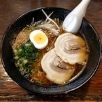 藤正 - 料理写真:醤油ラーメン(600円)