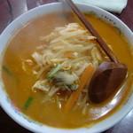 妙 - 料理写真:トマみそラーメン 750円