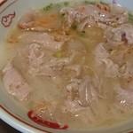 とんこつラーメン専門 八味豚骨 - チャーシューアップ