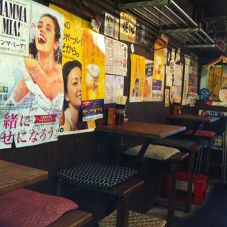 元気と活気が満載の大衆串カツ酒場