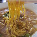 麺や 高野 - 豚骨醤油らぁ麺 の麺