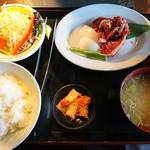 味覚園 - 料理写真:本日の国産牛ランチ(1078円)