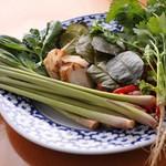 Sawadee Lemongrass Grill - タイのハーブ