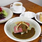 牛バベットステーキ トリュフの香る マッシュルームソース