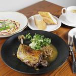 【ランチ】前菜+メイン料理+デザートのシェフおすすめコース<全4品>