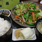 両国 - 料理写真:野菜炒め定食700円