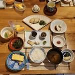 旅館 阿しか里 - 料理写真:豪華な朝食