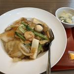 龍泉餃子坊 - 料理写真:五目あんかけ焼きそば