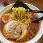 レストラン ポロ - 辛味噌ラーメンの麺